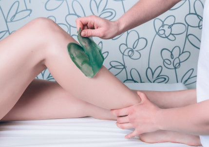 The difference between Strip and hot wax